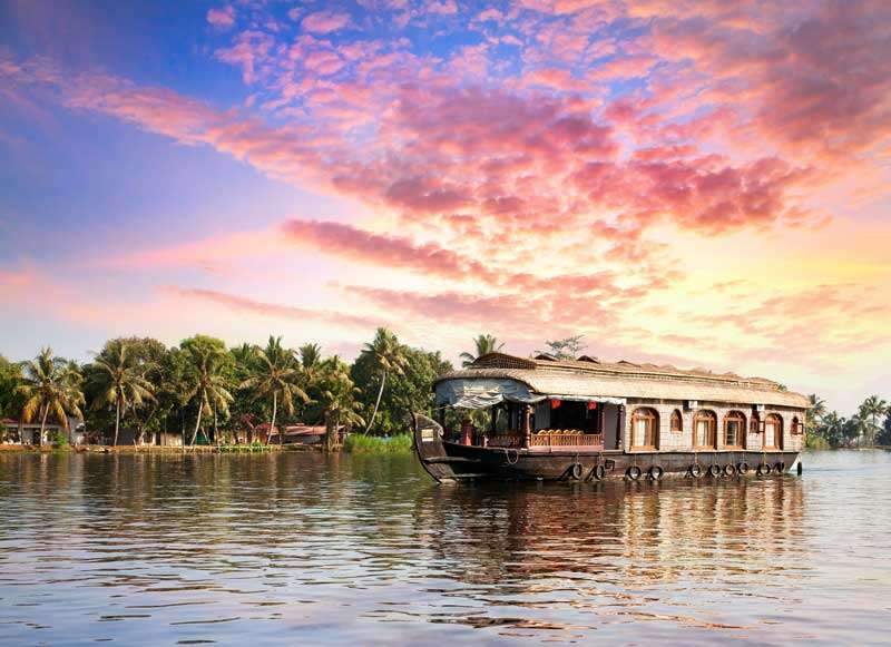 Maak een cruise door de Backwaters van Kerala<br>